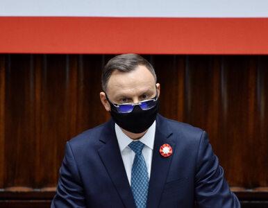 Sondaż. Czy politycy powinni zarabiać więcej? Polacy surowo ocenili...