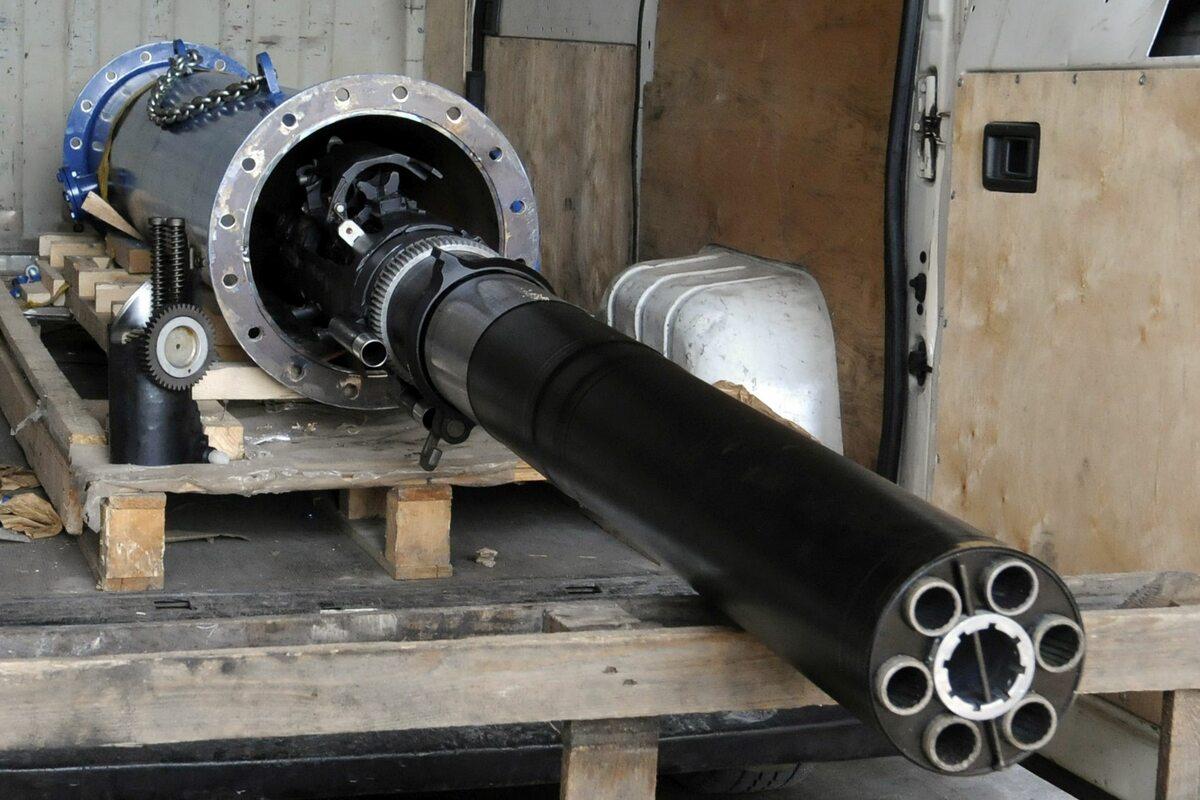 Elementy działa systemu artyleryjskiego AK-630, kaliber 30 mm