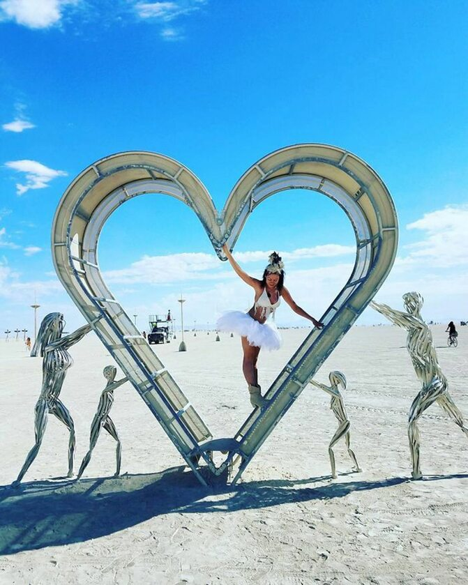 Jedna z instalacji na Burning Man 2017