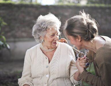"""Ma 102 lata. Pokonała """"hiszpankę"""", sepsę, raka i dwa razy COVID-19"""