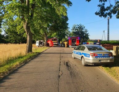 Mężczyzna i jego 13-letnia córka zginęli w wypadku. Ważny apel policjantów