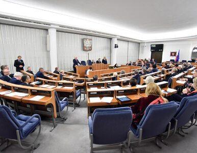 """""""Naraża pan Senat na skutki zdrowotne"""". Grodzki: PiS zerwało obrady,..."""