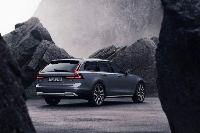 Nowe Volvo S90 iV90