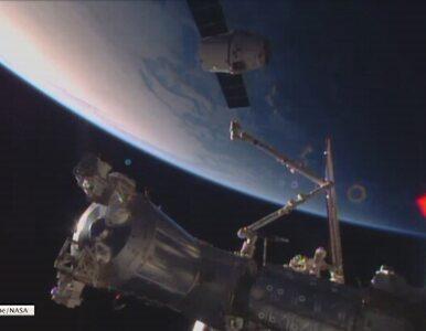 SpaceX Dragon wędruje po ziemskiej orbicie