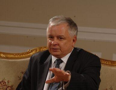 Rząd chce by Kaczyński pojechał do Katynia