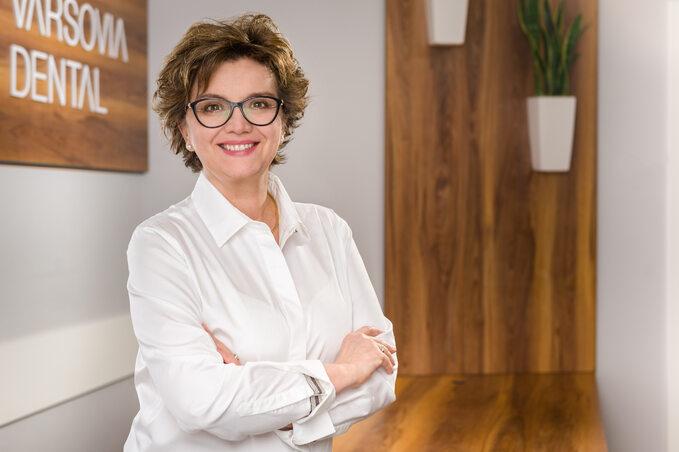dr Urszula Jarosz, stomatolog Varsovia Dental wWarszawie