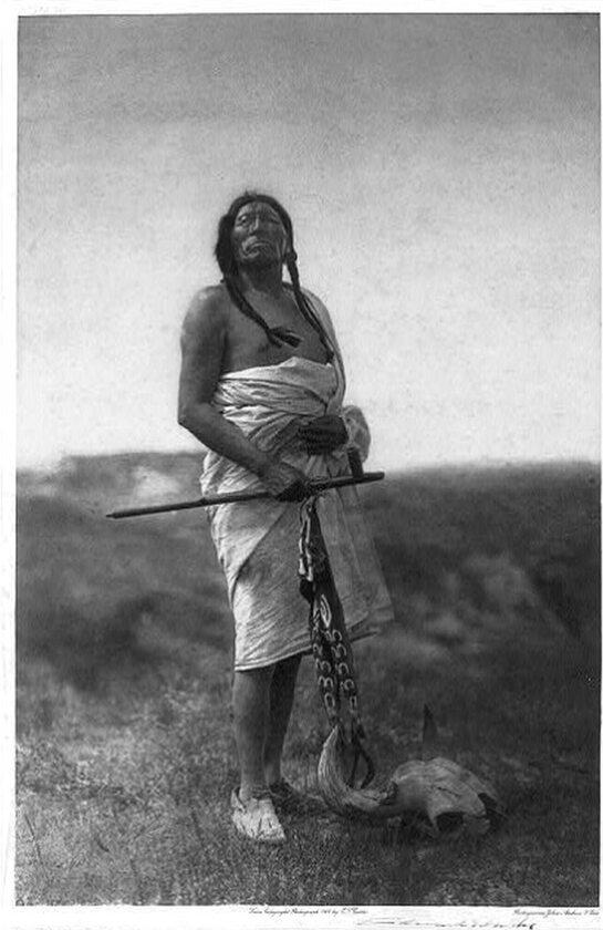 """Szaman """"Powolny bawół"""" , 1907 rok"""