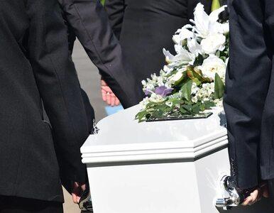 """Nie ma miejsca na cmentarze. """"Alternatywą jest przeznaczenie ciała na..."""