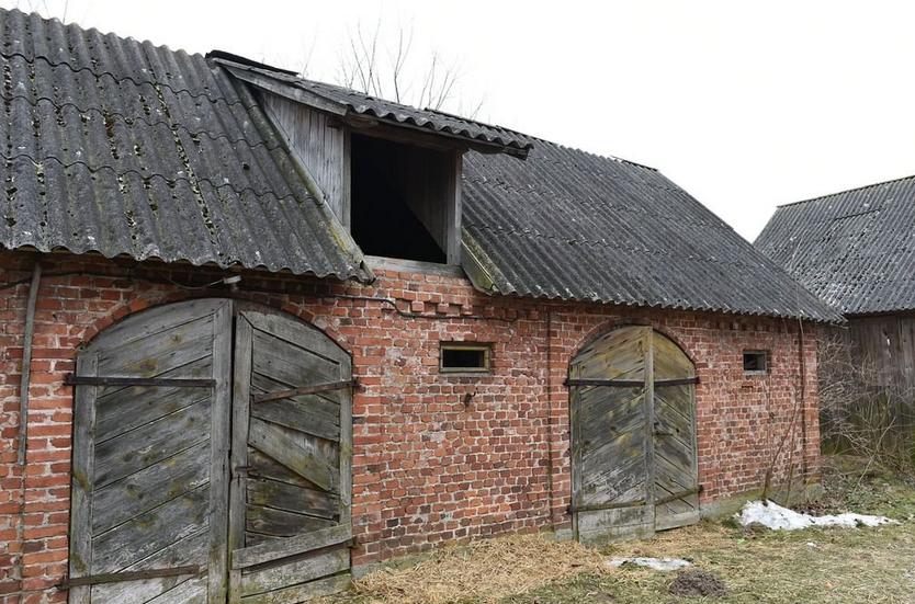 """Stodoła przed remontem ekipy programu """"Nasz nowy dom"""""""
