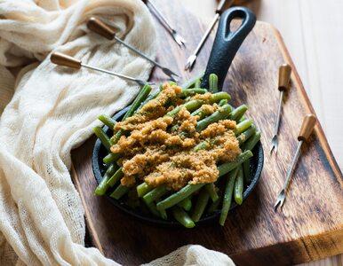 Prosty, letni obiad: fasolka szparagową z bułką tartą. Przepis