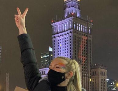 Strajk Kobiet w Warszawie. Gwiazdy okazały solidarność, wstawiają...