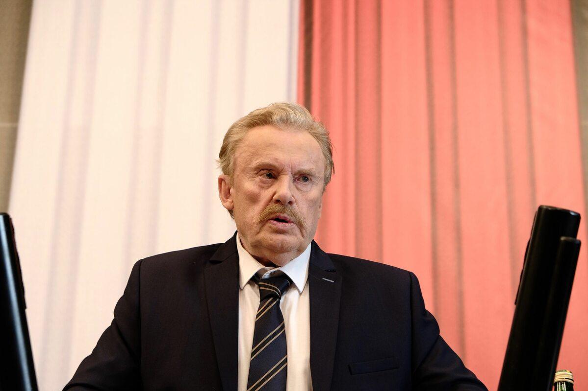Daniel Olbrychski jako poseł