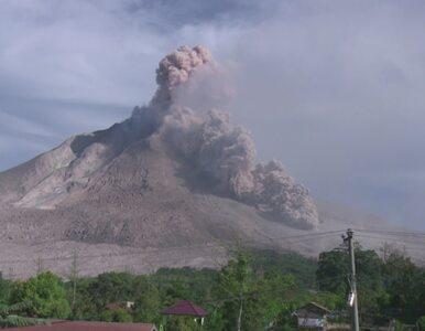 Kolejna erupcja wulkanu Sinabung w Indiach. Setki osób opuściły Sumatrę