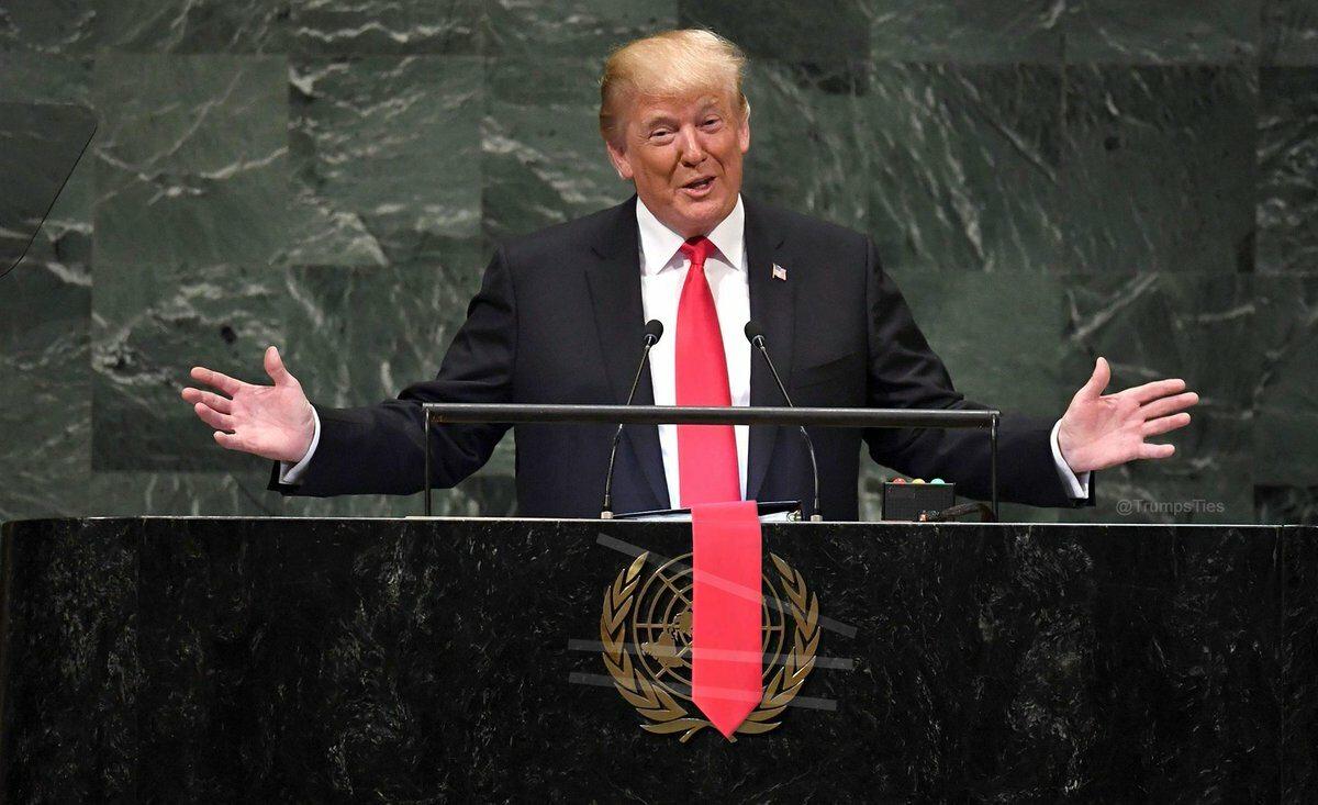 Internauci przerabiają zdjęcia Donalda Trumpa
