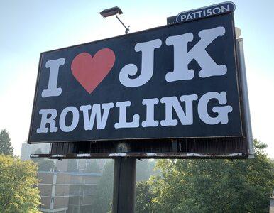 """Zniszczono billboard """"I love J. K. Rowling"""". Uznano go za transfobiczną..."""