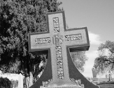 W Kaliszu zdewastowano groby radzieckich żołnierzy