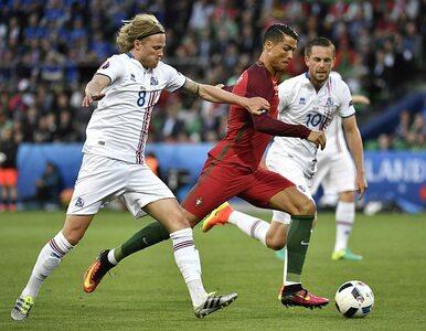 Portugalia - Islandia. Ronaldo kręci głową i rozkłada ręce, Islandia...
