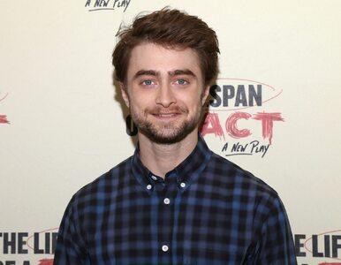 """Daniel Radcliffe o cieniach sławy. """"Najszybszym sposobem, żeby..."""