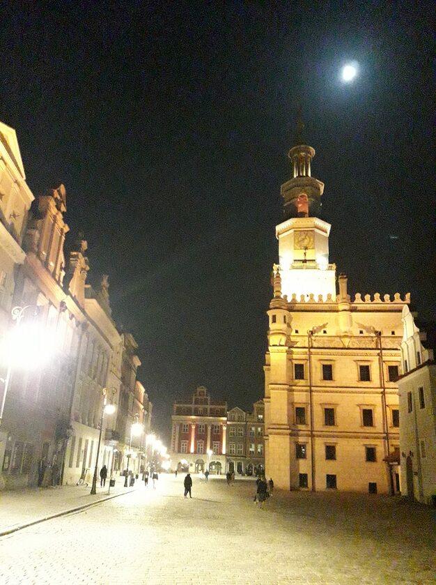 Niebieski Księżyc w Poznaniu