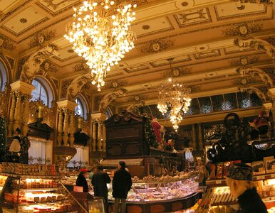 Moskwa zamyka historyczną świątynię luksusu