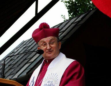 """O. Tadeusz Rydzyk """"przygarnął"""" biskupa ukaranego przez Watykan"""