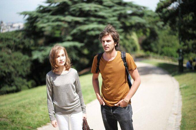 "Kadr zfilmu ""L'avenir"" (2016)"