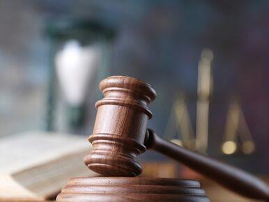 Sąd: Policja ma zatrzymać wnuka byłego prezydenta