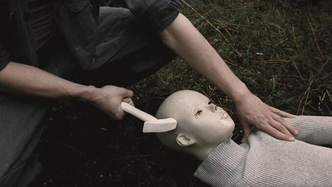 """Kadr zfilmu Marcina Koszałki """"Czerwony Pająk"""" (2015)"""