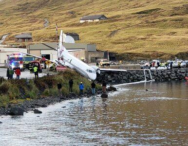 Samolot wypadł z pasa i zatrzymał się przed wodą. Na pokładzie była...