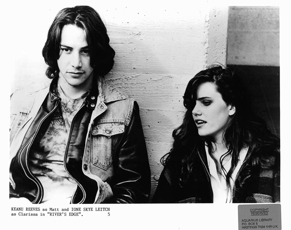 """Keanu Reeves i Ione Skye w """"Brzeg rzeki"""" (1986)"""