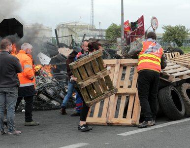 Związkowcy protestują we Francji. Na wtorek planowany strajk generalny