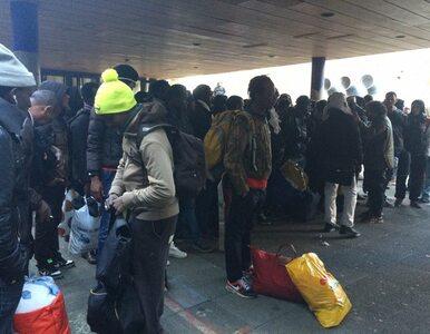 Paryżanie protestują przeciwko eksmisji 277 uchodźców. Policja użyła gazu