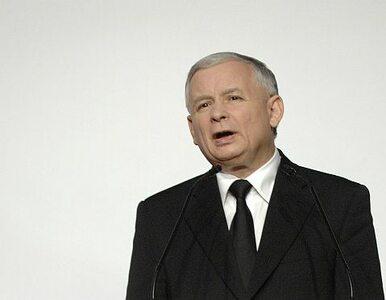 Kaczyński: przyszedłem zapalić znicz za poległych