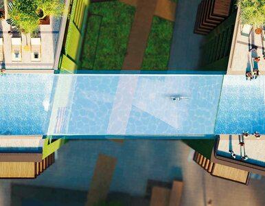 """Pierwszy na świecie """"podniebny basen"""" ze szklanym dnem. Połączy dwa..."""