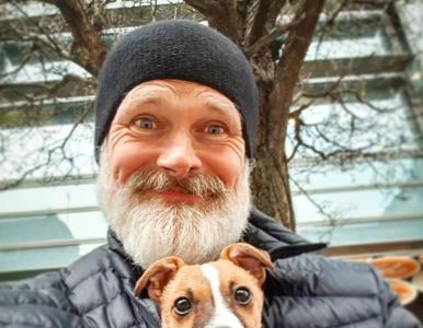 Właściciel odnalazł psa po trzech dniach rozłąki. Wzruszające, w jaki...
