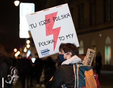 Burzliwy początek Strajku Kobiet. Incydent na pl. Zamkowym