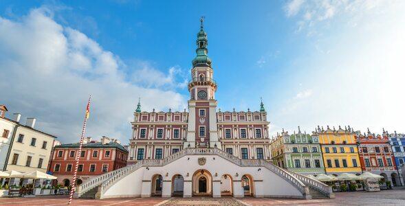 Polskie miasta na zdjęciach. Umiesz wskazać prawidłową odpowiedź?