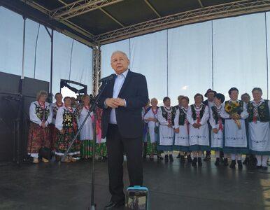 """Kaczyński mówi o """"wspaniałym prezydencie"""" i """"zmianach w konstytucji"""""""