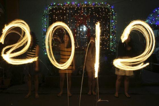 Nowy rok przywitano już na Filipinach... (fot. ROMEO RANOCO/Reuters)