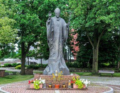 """Papież Polak bohaterem kolejnego zadania. Na historii pytają o """"cechy..."""