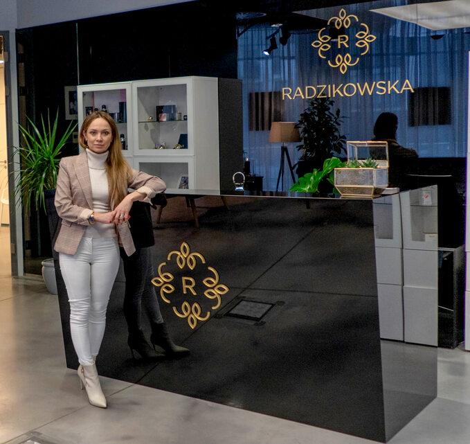 dr n. med. Elżbieta Radzikowska-Bűchner