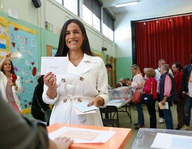 Meghan Markle głosowała w Madrycie? Patrząc na tę hiszpańską polityk,...