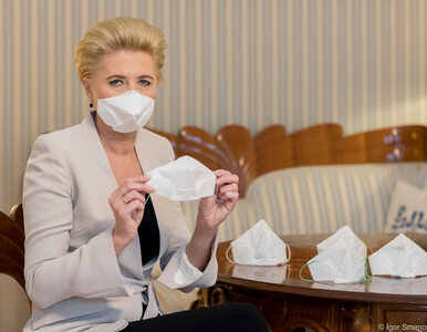Pierwsza Dama zachęca do własnoręcznego przygotowania maseczek. Jest...