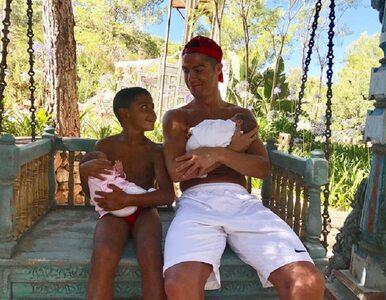 Ronaldo rozczula internautów. Piłkarz opublikował kolejne zdjęcie z dziećmi