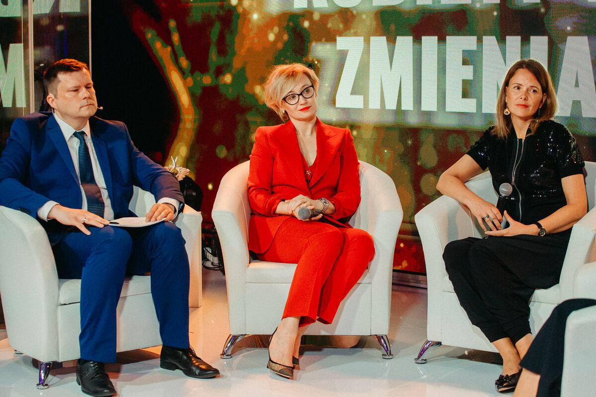 """Debata pod tytułem """"Kobiety w biznesie zmieniają świat"""""""