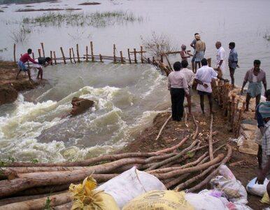 Katastrofa śmigłowca niosącego pomoc powodzianom