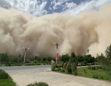 Burza piaskowa przykryła 200-tysięczne miasto na jedwabnym szlaku. Drugi...