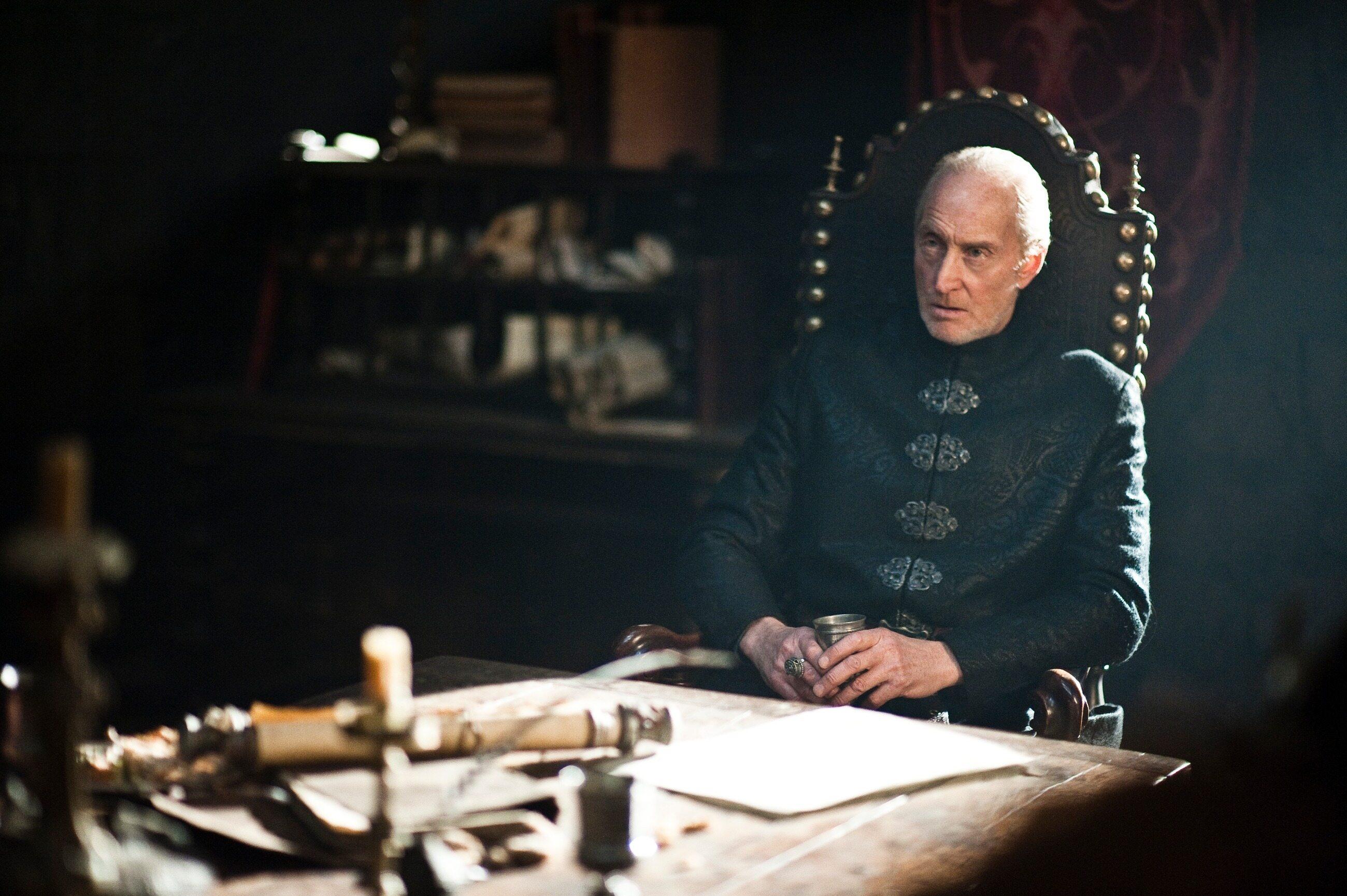 """""""Uważasz, że szlachetniej jest zabić dziesięć tysięcy ludzi podczas bitwy, niż tuzin podczas kolacji?"""" - tak powiedział:"""
