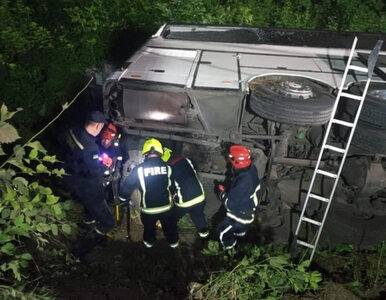 Tragiczny wypadek autokaru jadącego do Wrocławia. Co najmniej 17 rannych