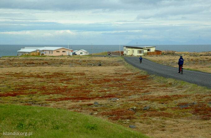 Islandia -według rankingu tooaza spokoju. Fakt, żyje się tu spokojnie